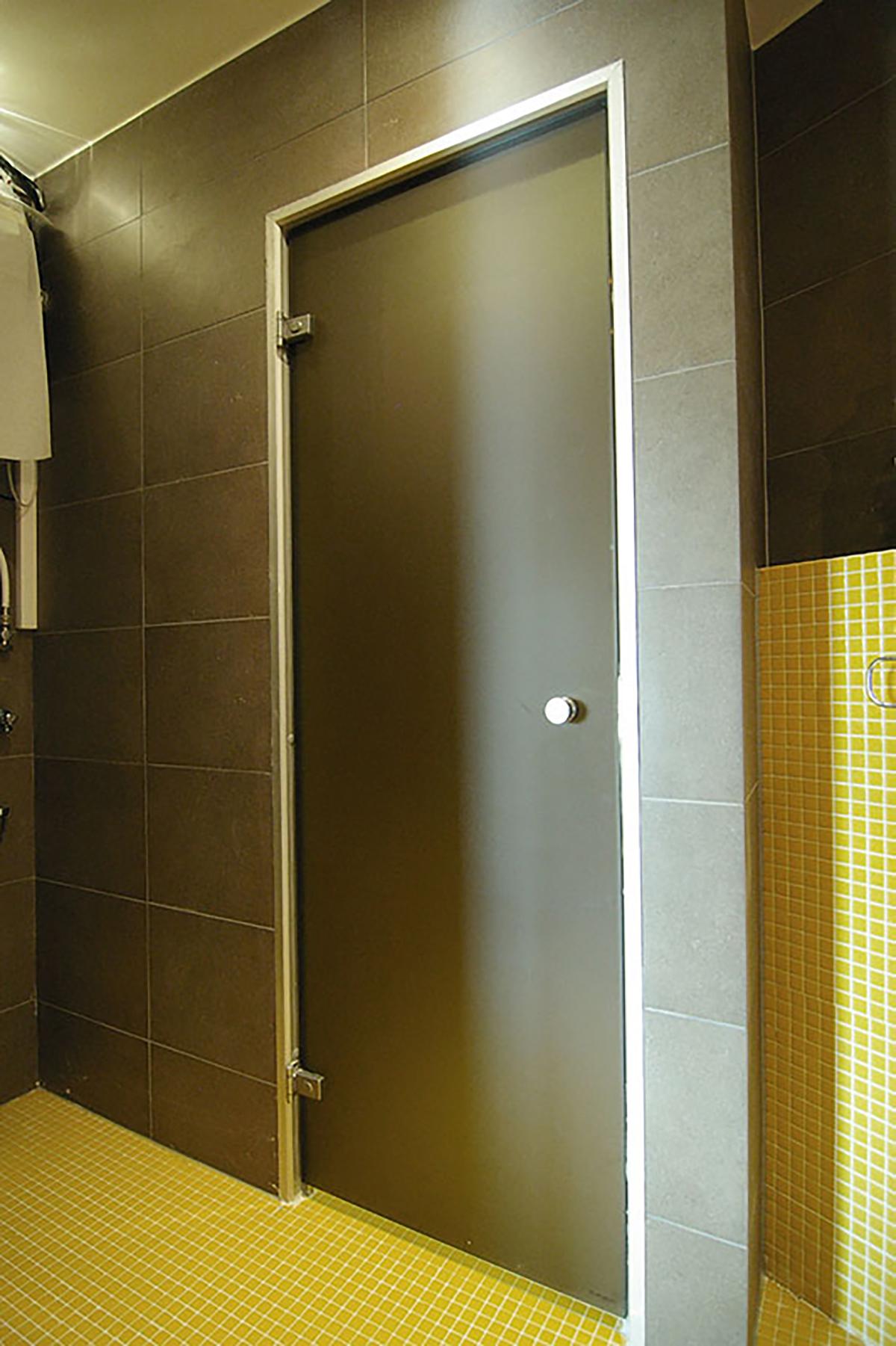 Ad porte de hammam opaque r versible 60 x 190 gris mat for Solution porte 60 doors